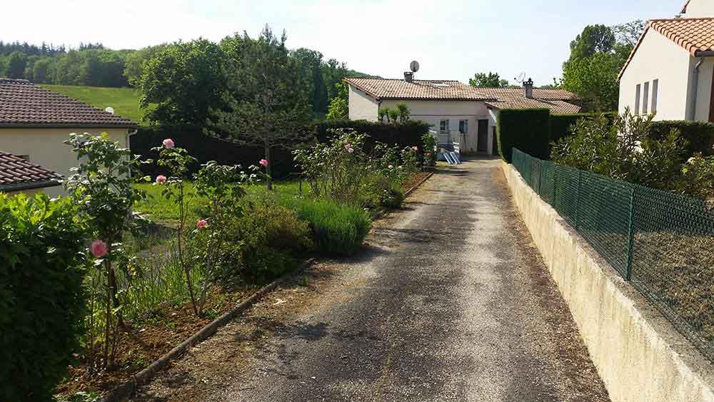 Jardinier montesquieu 47 taille de haie et tonte port for Entretien jardin 47